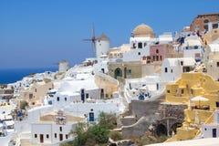 Mening van Oia dorp op eiland Santorini Royalty-vrije Stock Fotografie