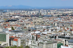 Mening van Ongedierte met St Stephen Basiliek in Boedapest, Hongarije Royalty-vrije Stock Foto
