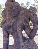 Mening van oud Indisch vrouwenbeeldhouwwerk, Chennai, Tamilnadu, India 29 januari 2017 stock foto's