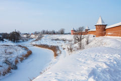 Mening van Oud Russisch Klooster in Suzdal Royalty-vrije Stock Afbeeldingen
