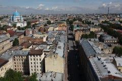 Mening van oude Europese stad van hoogte van de vlucht van de vogel Heilige Petersburg, Rusland, Noordelijk Europa Stock Fotografie