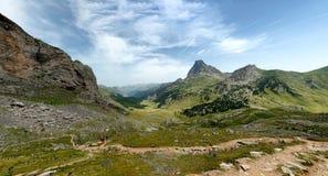 Mening van Pic du Midi D ` Ossau in de Franse Pyreneeën royalty-vrije stock foto's