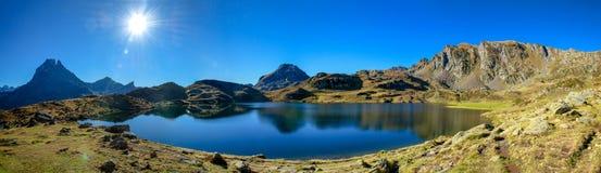 Mening van Pic du Midi Ossau, Frankrijk, de Pyreneeën stock fotografie