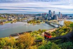 Mening van Pittsburgh van de binnenstad Stock Fotografie