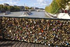 Mening van Pont des Arts in Parijs Royalty-vrije Stock Afbeelding