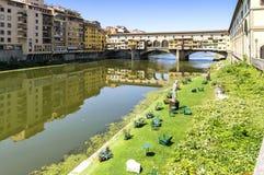 Mening van pontevecchio in Florence, Italië Stock Foto