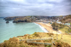 Mening van Portreath-Noord-Cornwall Engeland het UK tussen St Agnes en Godrevy in HDR Stock Afbeelding