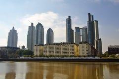 Mening van Puerto Madero, modern deel van Buenos aires Royalty-vrije Stock Afbeeldingen