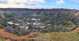 Mening van Rano Kau Volcano Crater op Pasen-Eiland, Chili Stock Foto's