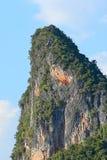 Mening van reuzerots, Phuket (Thailand) Stock Foto's
