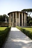 Mening van roman tempel Stock Foto's