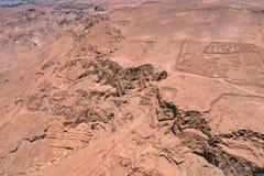 Mening van Ruïnes van Herods-Kasteel in Masada-Vesting dichtbij Dode Overzees in Israël royalty-vrije stock afbeeldingen