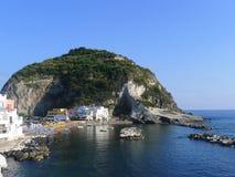 Mening van Sant'Angelo, Ischia, Italië stock fotografie