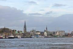Mening van St Pauli Piers, één van de belangrijke toerist van Hamburg ` s attr Royalty-vrije Stock Foto