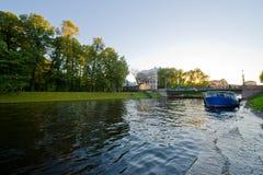 Mening van St. Petersburg. Het kanaal van de rivier Stock Foto