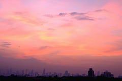 Mening van stad met licht van zonsopgang Royalty-vrije Stock Foto