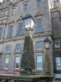 Mening van stevige klassieke straatlantaarns, Edinburgh stock foto's