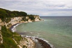 Mening van Stevns Kliff - een kalksteenklippen in Denemarken Royalty-vrije Stock Afbeelding