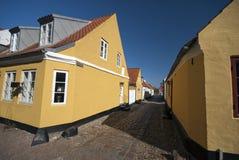 Mening van straat Bredeslippe in Ribe, Denemarken Stock Foto's