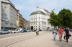 Mening van straat in centrum van Hamburg Stock Foto