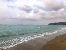 Mening van strand en seaview achtergrond royalty-vrije stock afbeeldingen