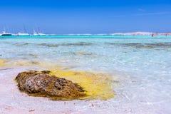 Mening van strand van het Eiland Formentera stock afbeelding