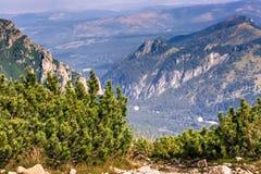 Mening van Tatra-Bergen van wandelingssleep polen europa Royalty-vrije Stock Fotografie