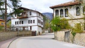 Mening van Traditioneel Ottomane Anatolisch Dorp, Safranbolu, Turkije stock video