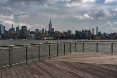 Mening van Uit het stadscentrum Manhattan van Hoboken Stock Foto