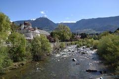 Mening van van de Zuid- meranostad Tirol Italië Stock Afbeeldingen