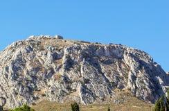Mening van vesting Acrocorinth, Griekenland Royalty-vrije Stock Afbeeldingen
