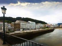 Mening van Viveiro met rivier Galicië Royalty-vrije Stock Afbeelding