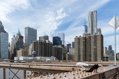 Mening van wolkenkrabbers van de Brug van Brooklyn, Van de binnenstad, New York Royalty-vrije Stock Foto