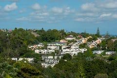 Mening van woonwijk, buurthuizen Stock Foto's