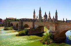 Mening van Zaragoza in zonnige dag Royalty-vrije Stock Afbeeldingen
