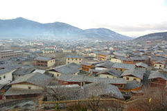 Mening van zhongdian of shangri-La Stock Afbeeldingen