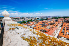 Mening vanaf bovenkant van klokketoren van kerk van St Anastasia in Zadar Stock Foto's