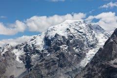Mening vanaf de bovenkant van beroemd Italiaans Stelvio High Alpine Road Stock Foto