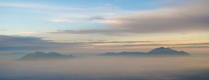 Mening vanaf de bovenkant van Semeru-vulkaan Royalty-vrije Stock Afbeelding
