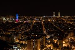 Meningen van Barcelona, Spanje, bij nacht stock fotografie