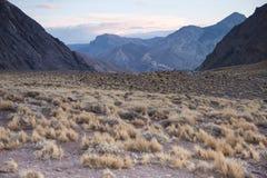 Een hoog berglandschap. Royalty-vrije Stock Afbeeldingen