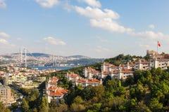 Meningen van de brug en Istanboel van Bosphorus Royalty-vrije Stock Afbeeldingen