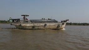 Meningen van de Saigon-Haven De Saigonhaven is een netwerk van havens in Ho Chi Minh City stock video