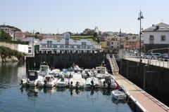 Meningen van Luarca haven, Asturias royalty-vrije stock foto