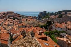 Meningen van Oude stad van Dubrovnik-Muren Stock Afbeeldingen