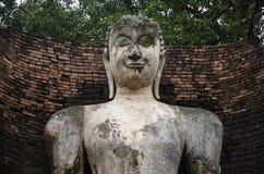 Meningslandschap van het standbeeld van Boedha in Wat Phra Si Iriyabot van het Historische Park van Kamphaeng Phet in Kamphaeng P Royalty-vrije Stock Foto