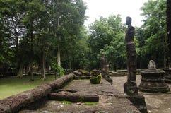 Meningslandschap van het standbeeld van Boedha in Wat Phra Sing van het Historische Park van Kamphaeng Phet in Kamphaeng Phet, Th Stock Foto