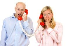 Meningsverschil op telefoon Stock Afbeelding