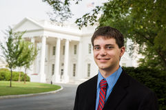 Menino adolescente na casa branca Imagens de Stock