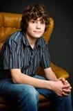 Menino adolescente no estúdio Fotos de Stock Royalty Free